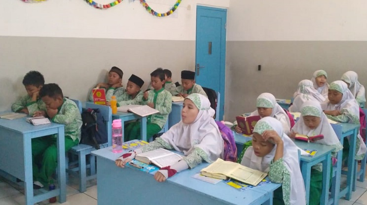 Program Tahfidz Al-Qur'an Khusus di SDIT Wirausaha Indonesia