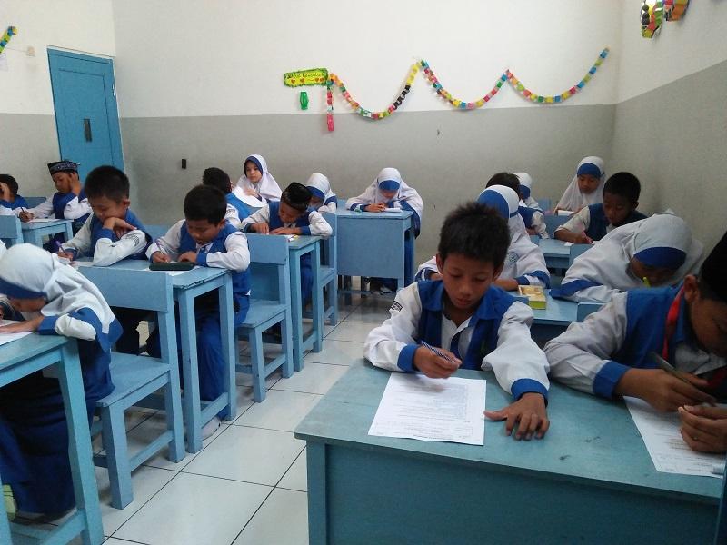Pelaksanaan PTS di SDIT Wirausaha Indonesia
