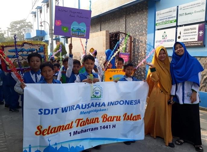 Sambut Muharam, SDIT Wirausaha Indonesia Gelar Pawai