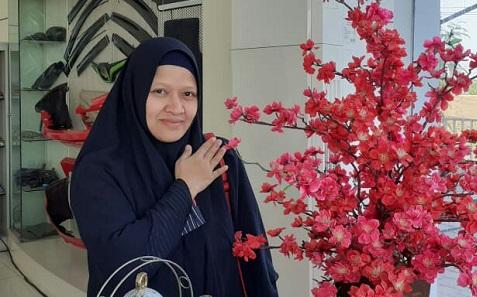 Mengenal Sosok Nur Komariah, Kepala SDIT Wirausaha Indonesia