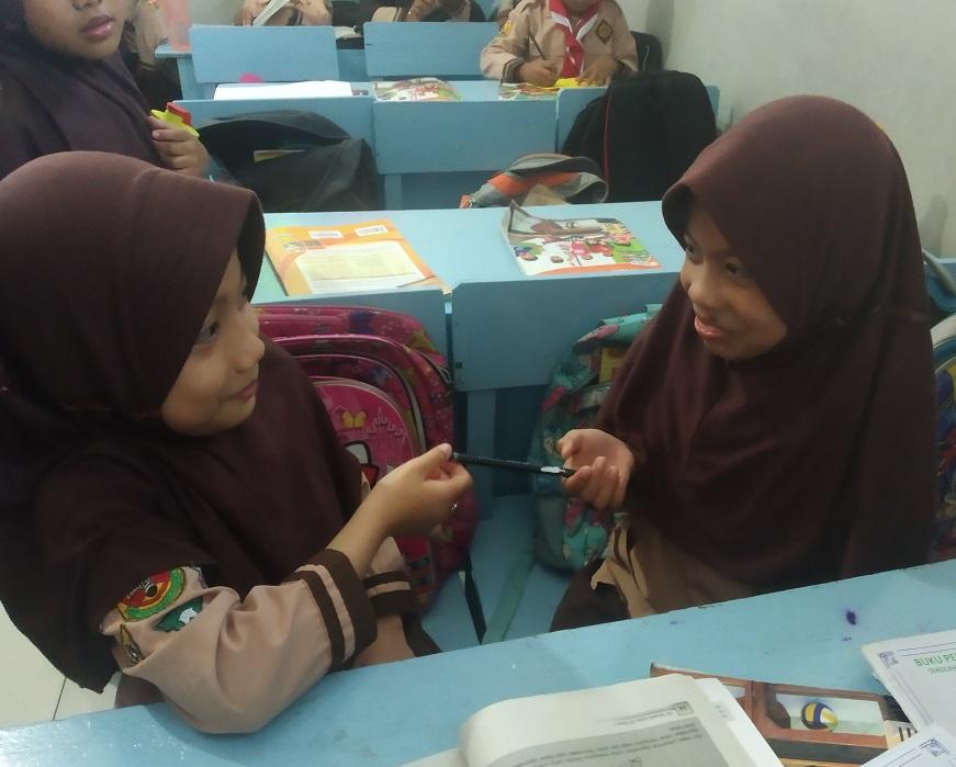 Menanamkan Sikap Bersatu dalam Keberagaman SDIT Wirausaha Indonesia