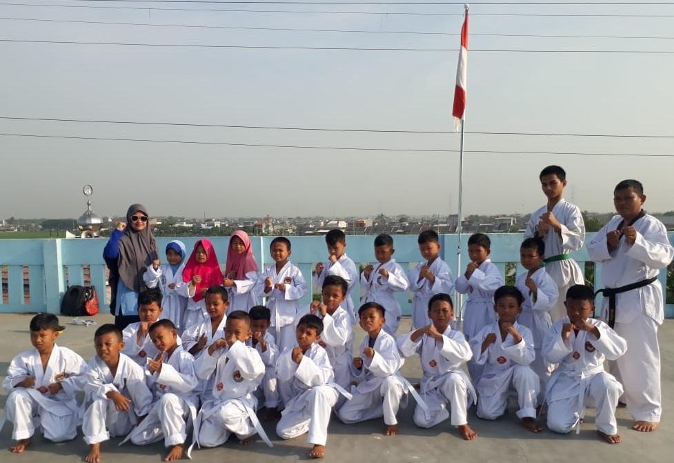 Membangun Generasi yang Kuat dengan Ekskul Tae Kwon Do