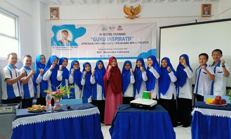 "SDIT Wirausaha Indonesia Gelar ""In House Training Guru Inspiratif"" bagi Guru-Gurunya"