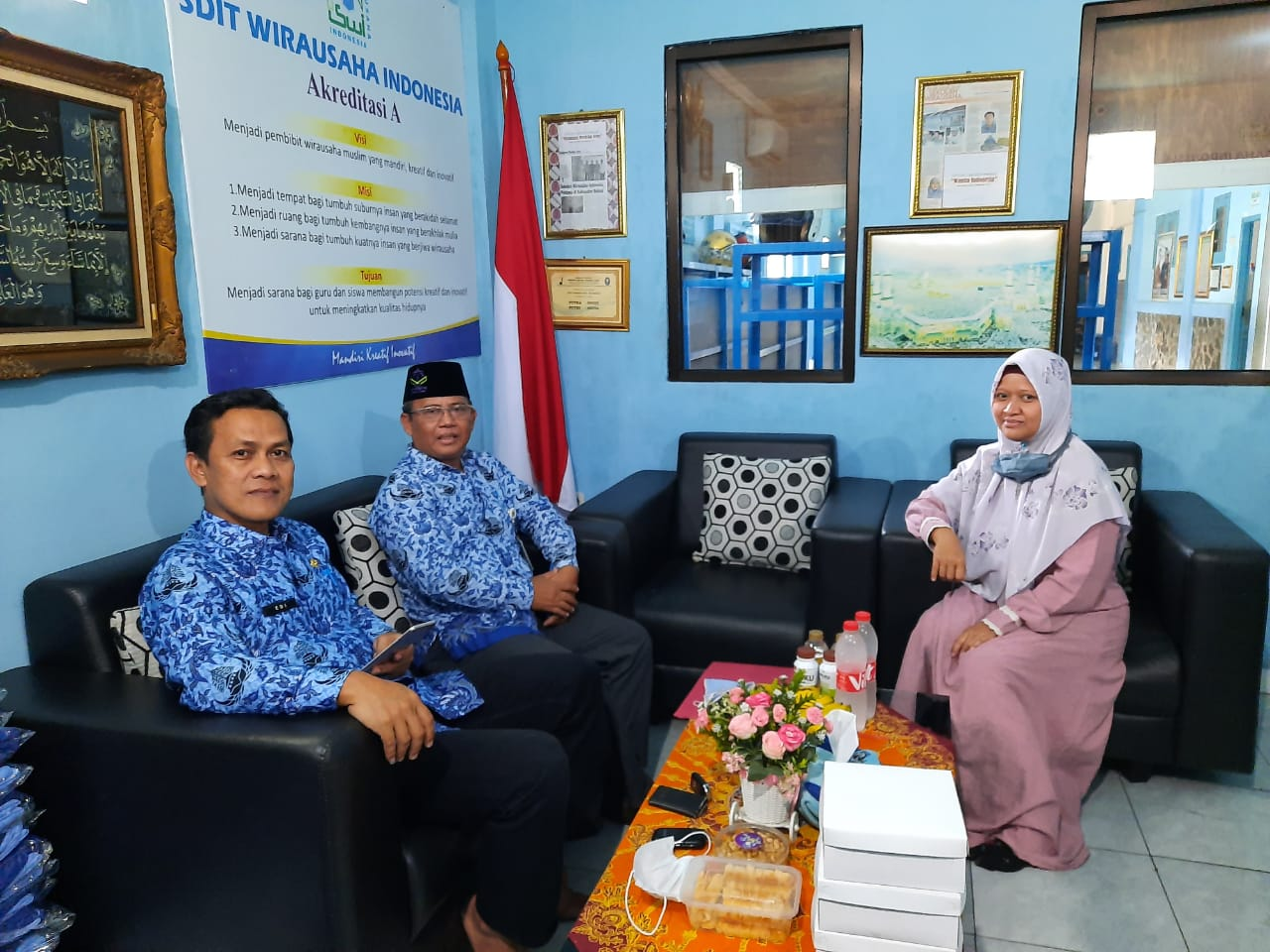 Kunjungan Dari Dinas Pendidikan untuk Perizinan SMPIT Wirausaha Indonesia